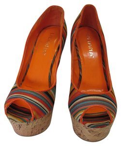 Liliana Size 9.00 M (usa) Very Good Condition Orange, Neutral, Green, Blue, Yellow Platforms