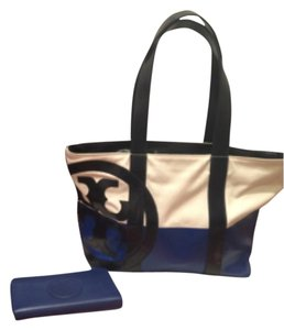 Tory Burch Tote in Ivory/Blue