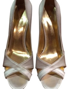Enzo Angiolini White, hint of silver Formal