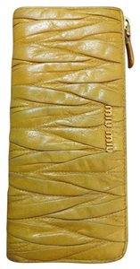 Miu Miu Miu Miu ~ Reduced!!! ~ Matelasse Lux G Zip Soft Leather Wallet