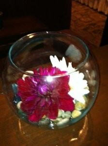 Glass 5 Centerpiece
