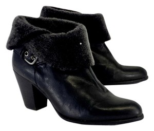 Stuart Weitzman Black Leather Fur Fur Boots