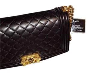 Chanel Gold Hardware Boy Quilted Medium Cross Body Bag