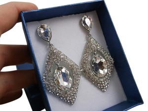 Estate Look Fashion Earrings Prom Wear Free Shipping