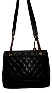 Chanel Caviar Leather Gold Hardware Shoulder Bag