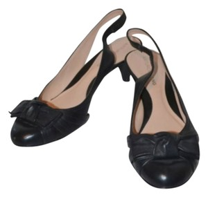 Arturo Chiang Black Pumps
