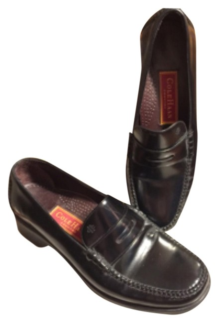 Item - Black Aa-classic Leather Penny Loafers Style: D 10775 Flats Size US 7 Narrow (Aa, N)