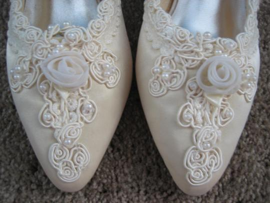 Victoria's Bridal Collection ivory Formal