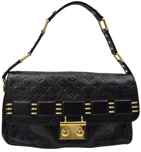 Louis Vuitton Gucci Chloe Balenciaga Chanel Burberry Shoulder Bag