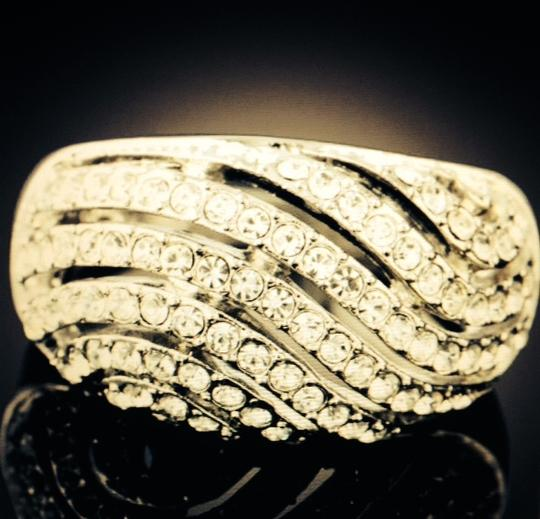 Other Austrian Crystal Wave Striped Ring Sz 7