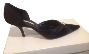 Oscar de la Renta Satin And Velvet Diamond Like Jewel Black Pumps
