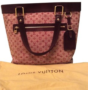 Louis Vuitton Monogram Canvas Red Tote in Red/Burgundy