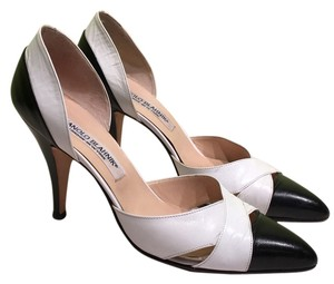 Manolo Blahnik Manolo 36.5 Leather Classic Heels Black & White Pumps