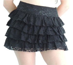Forever 21 Lace Ruffle Mini Skirt Black