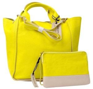 Gap Tote in Yellow