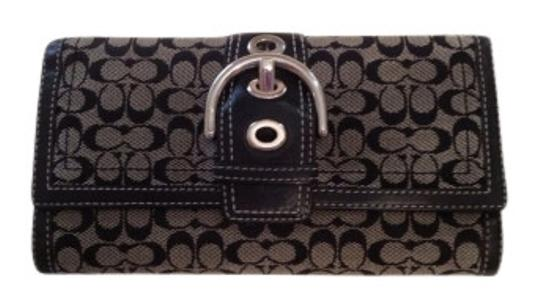 Preload https://item4.tradesy.com/images/coach-black-and-blue-wallet-12783-0-0.jpg?width=440&height=440