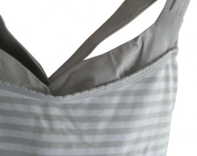 Preload https://item3.tradesy.com/images/lululemon-gray-and-white-activewear-top-size-6-s-28-127877-0-0.jpg?width=400&height=650
