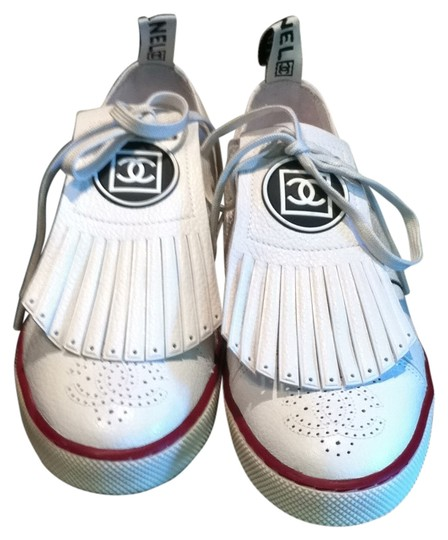 Preload https://item4.tradesy.com/images/chanel-white-leather-sneakers-sneakers-size-us-9-127903-0-0.jpg?width=440&height=440