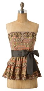 Anthropologie Top Brown motif