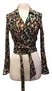 Diane von Furstenberg Top Taupe, brown,green print.