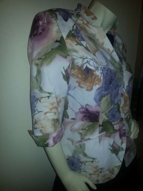 Coldwater Creek Cotton Princess Seams Flattering Comfortable Multi-color floral, pinks, & greens on light beige Jacket
