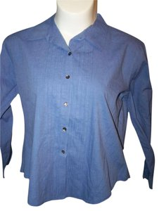 Chico's Size 3 Long Sleeve Button Down Shirt Blue