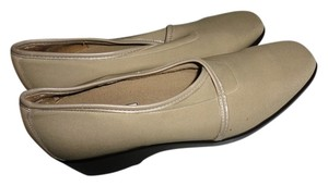 Munro American Womens Brown Flats