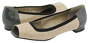 Nine West Ivory / Grey Patent Flats