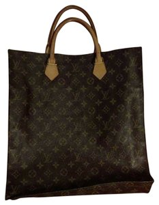 Louis Vuitton Canvas Sac Plat Tote in Brown