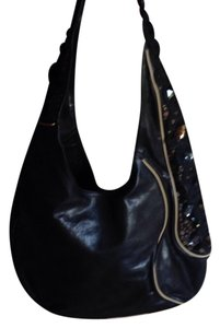 Isabella Fiore Intricly Workmanship And Strap Pictures Don't Do It Justce Fun Shoulder Bag
