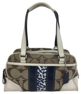 Coach Canvas Cc Shoulder Bag