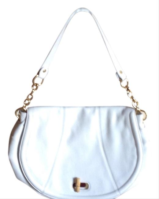 Item - Gold Chain 101/2 Handle Drop Never Used White Leather Shoulder Bag