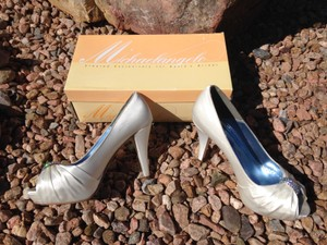 Michelangelo Charmeuse Pleated Peep Toe With Crystal Ornament Wedding Shoes