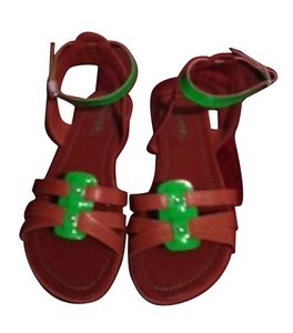 UNIONBAY Bown and green Sandals