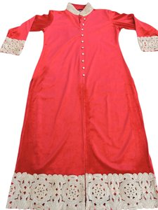 Kurti Golden Lace Velvet Top Red