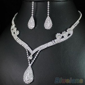 Bluelans Waterfall Austrian Crystal Necklace Pendant Set