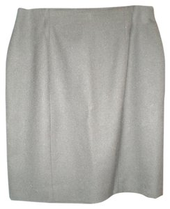 Talbots Zipper Adds To Easy In And Out. Nice Soft Wool Fabric Great Length Skirt BLACK