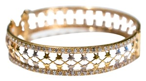 Other Bangle, concealed box clasp, 21K stamped ct gold, cubic zirc, Qatar