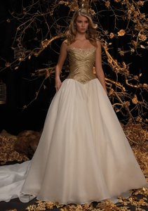 Justin Alexander 8235 Wedding Dress