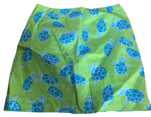 Lilly Pulitzer Skirt Lime green with blue turtles.