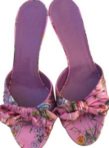 Gucci pink multi color Sandals