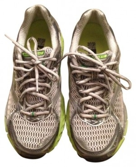 Preload https://item2.tradesy.com/images/brooks-brothers-limegreenwhite-ghost-4-sneakers-size-us-8-128176-0-0.jpg?width=440&height=440