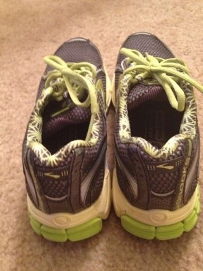 Brooks Brothers Gray/Yellow/Lime Athletic