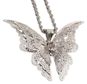 Other BNWOT ~ Elegant Butterfly Necklace