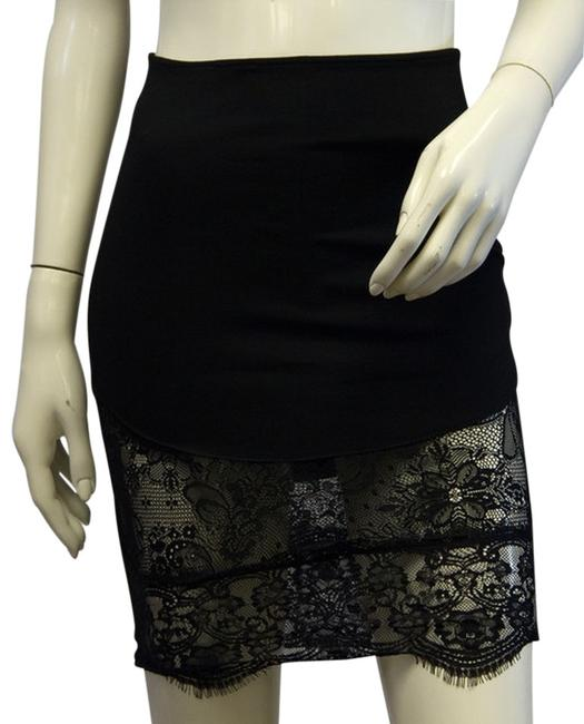 Item - Fitted Black Lace Skirt Size 6 (S, 28)