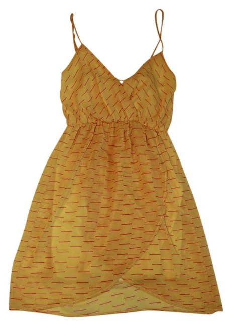 Preload https://item2.tradesy.com/images/everly-above-the-knee-dress-mustard-1282336-0-0.jpg?width=400&height=650