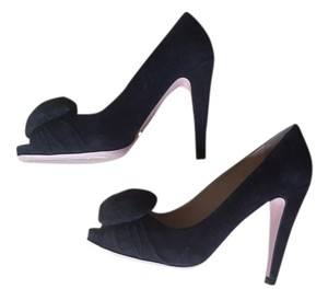 Prada Suede black Pumps