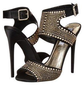 Steve Madden black with gold detail Formal