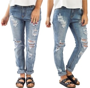 Boyfriend Cut Jeans-Distressed
