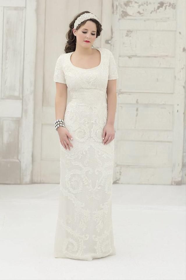 Escada Ivory Silk Lined / Beaded Couture Vintage Wedding Dress Size ...
